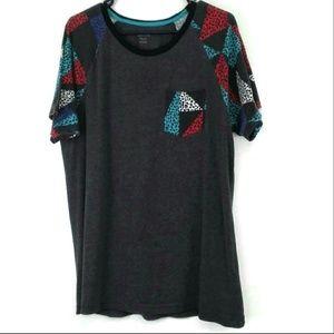 Carbon Graphic T-Shirt Size XL